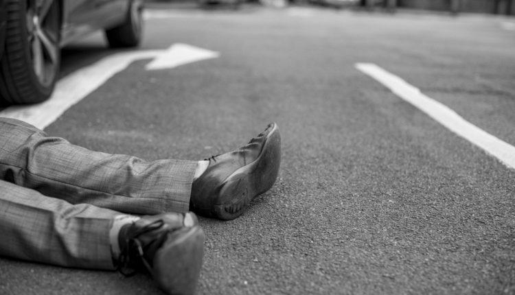 mujer muere atropellada por conocer a hombre en tinder