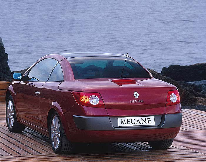renault megane ii cabrio autocity. Black Bedroom Furniture Sets. Home Design Ideas